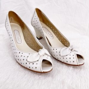 Town Dales White Wedges Open Toe
